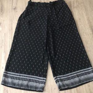 Wide Leg Pants Boho Vibes!